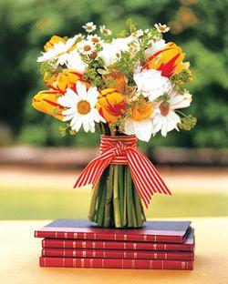Mwa102306_fal06_bk_bouquets_xl